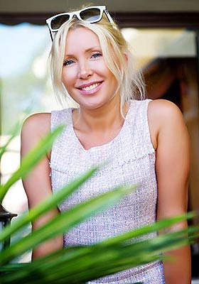 Rational bride Tat'yana from Odessa (Ukraine), 46 yo, hair color blonde