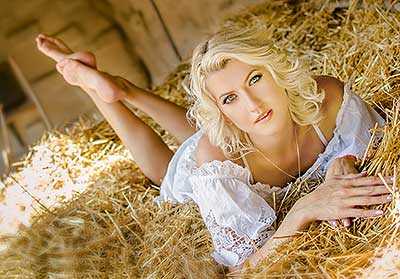 Gentle woman Viktoriya from Odessa (Ukraine), 34 yo, hair color blonde