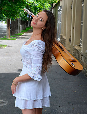 Adore lady Tat'yana from Kiev (Ukraine), 42 yo, hair color brown-haired