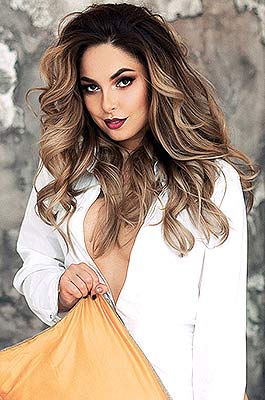 Young lady Marina from Kiev (Ukraine), 26 yo, hair color dark brown