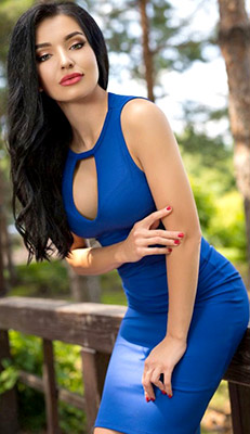 Considered lady Natal'ya from Kiev (Ukraine), 28 yo, hair color brunette