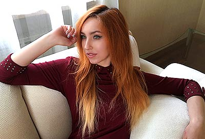 Faithful bride Alina from Donetsk (Ukraine), 21 yo, hair color red-haired