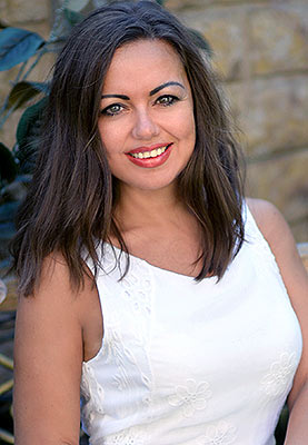 Sincere bride Elena from Kharkov (Ukraine), 39 yo, hair color brown-haired