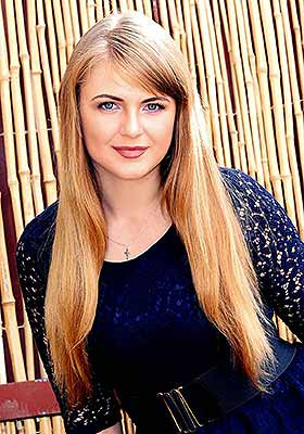 Positive lady Marina from Kharkov (Ukraine), 25 yo, hair color blonde