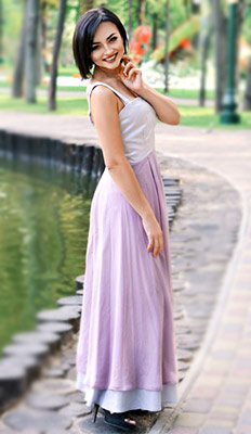 Gentle lady Alina from Kharkov (Ukraine), 29 yo, hair color brunette