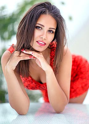 Happy bride Ekaterina from Kherson (Ukraine), 27 yo, hair color brown-haired