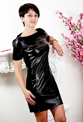 Generous lady Svetlana from Khmelnitsky (Ukraine), 40 yo, hair color brunette