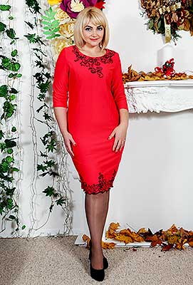 Trustworthy bride Ol'ga from Khmelnitsky (Ukraine), 37 yo, hair color blonde