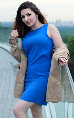 Joyful bride Irina from Kiev (Ukraine), 26 yo, hair color chestnut