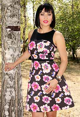 Loved bride Natal'ya from Sumy (Ukraine), 39 yo, hair color brunette
