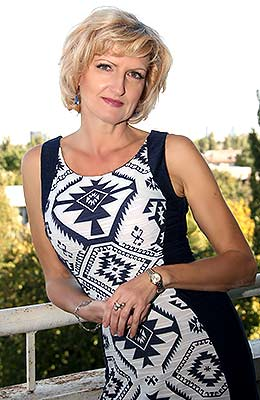 Curious lady Natal'ya from Kiev (Ukraine), 52 yo, hair color blonde