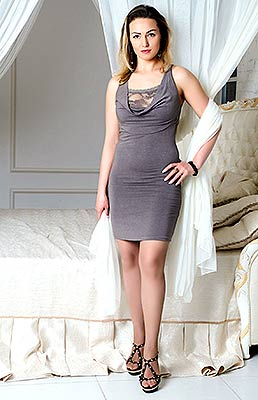Romantic woman Antonina from Kiev (Ukraine), 40 yo, hair color light brown