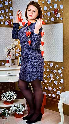 Balanced woman Anastasiya from Kiev (Ukraine), 32 yo, hair color brown-haired