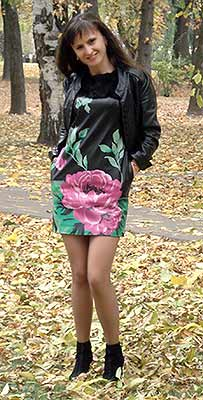 Active bride Natal'ya from Chernigov (Ukraine), 37 yo, hair color black