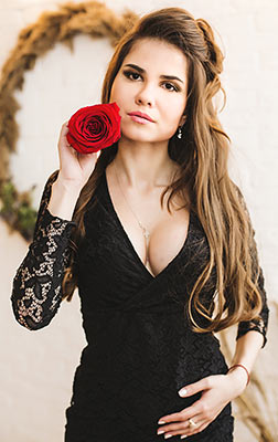 Spontaneous woman Natal'ya from Kiev (Ukraine), 29 yo, hair color chestnut