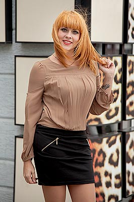 Tender lady Anna from Kiev (Ukraine), 31 yo, hair color red-haired