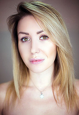 Kind lady Elena from Kiev (Ukraine), 33 yo, hair color blonde