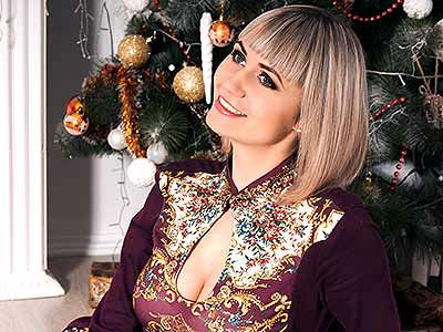 Vulnerable woman Tat'yana from Lugansk (Ukraine), 27 yo, hair color blonde
