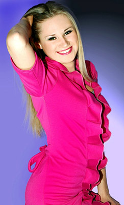 Candid lady Ol'ga from Lugansk (Ukraine), 31 yo, hair color blonde