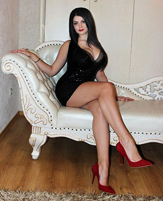 Weak bride Karina from Berdyansk (Ukraine), 26 yo, hair color brunette