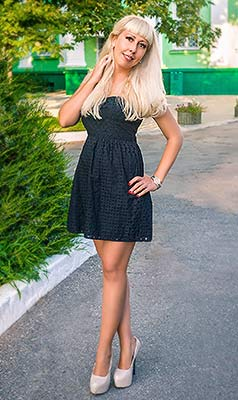 Proud woman Tat'yana from Melitopol (Ukraine), 35 yo, hair color blonde