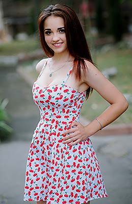 Funny girl Katerina from Nikolaev (Ukraine), 19 yo, hair color chestnut