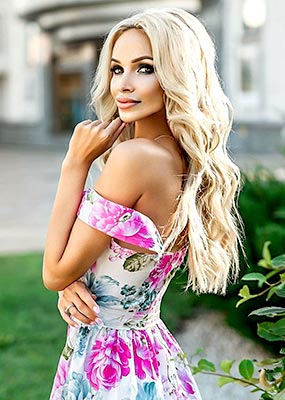Careful bride Viktoriya from Krasnodar (Russia), 31 yo, hair color blonde
