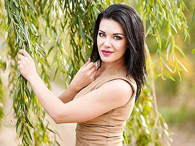 Kind woman Nataliya from Poltava (Ukraine), 29 yo, hair color brunette