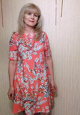 Active lady Irina from Poltava (Ukraine), 56 yo, hair color blonde
