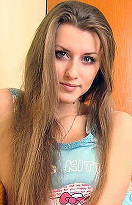 Romantic bride Vladislava from Vladivostok (Russia), 29 yo, hair color dark brown