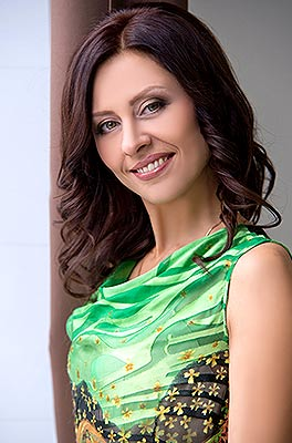 Goaloriented lady Natal'ya from Zaporozhye (Ukraine), 41 yo, hair color brown-haired