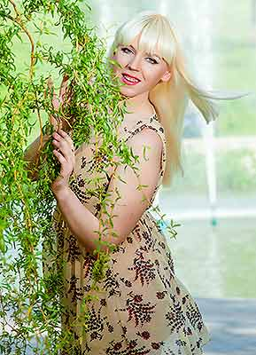 Nice bride Ekaterina from Zaporozhye (Ukraine), 30 yo, hair color blonde