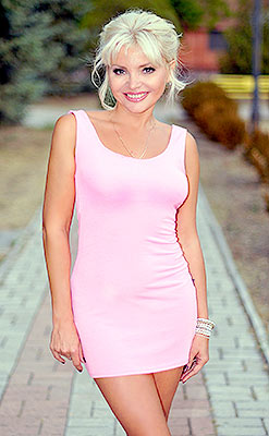 Energetic woman Alina from Berdyansk (Ukraine), 45 yo, hair color blond