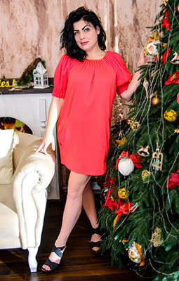 Pleasure bride Mariya from Berdyansk (Ukraine), 28 yo, hair color black