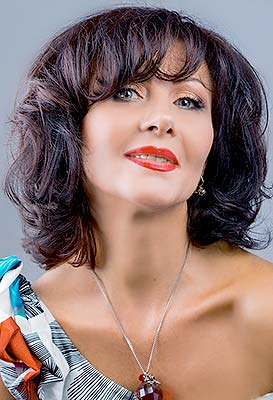 Sincere lady Irina from Chisinau (Moldova), 59 yo, hair color brunette