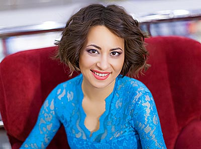 Enthusiastic bride Lolita from Dnepropetrovsk (Ukraine), 32 yo, hair color brown-haired