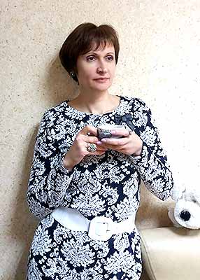 Mild woman Elena from Dnipro (Ukraine), 55 yo, hair color brown-haired