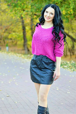 Happiness wife Yuliya from Brovary (Ukraine), 40 yo, hair color black