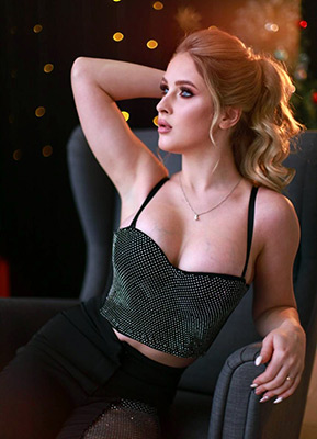 Passion lady Veronika from Lugansk (Ukraine), 23 yo, hair color brown