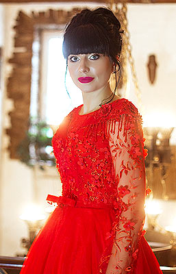 Intelligent woman Ol'ga from Lugansk (Ukraine), 35 yo, hair color black