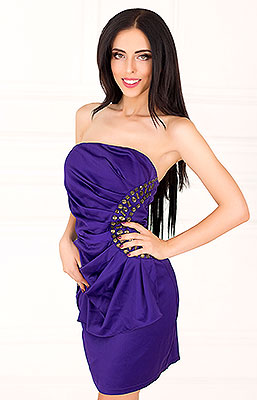 Funny bride Elena from Kharkov (Ukraine), 23 yo, hair color black