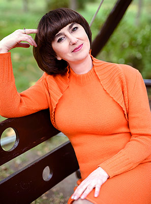 Serious lady Vlada from Berdyansk (Ukraine), 47 yo, hair color brown-haired