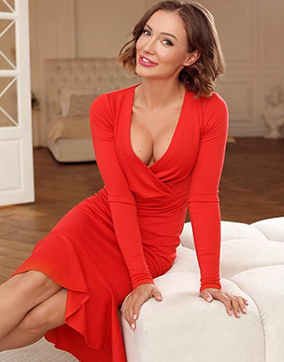 Modest lady Ol'ga from Dnepropetrovsk (Ukraine), 36 yo, hair color chestnut