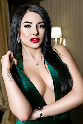 Energetic woman Valeriya from Kiev (Ukraine), 29 yo, hair color black