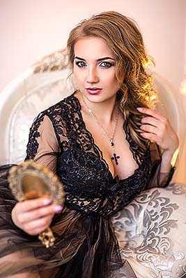 Mild girl Irina from Donetsk (Ukraine), 21 yo, hair color blonde