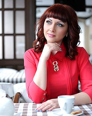 Passion bride Dina from Konstantinovka (Ukraine), 36 yo, hair color chestnut