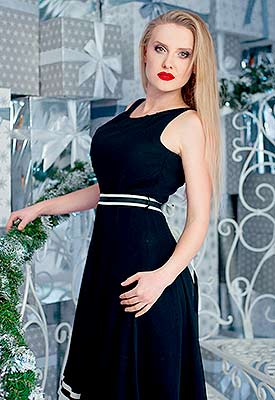Incredibly bride Anastasiya from Kharkov (Ukraine), 34 yo, hair color blonde