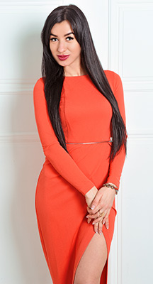 Opened woman Kristina from Kiev (Ukraine), 33 yo, hair color black