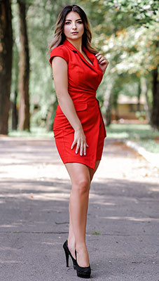 Sensual woman Liliya from Konstantinovka (Ukraine), 38 yo, hair color brown-haired