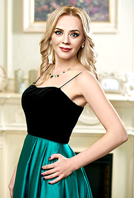 Positive bride Svetlana from Ivano-Frankovsk (Ukraine), 38 yo, hair color blonde